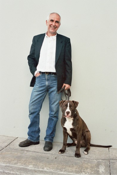 Dr Ian dunbar and a Dog